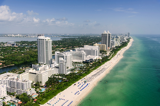 Miami「USA, Florida, Miami, Aerial view of coastal city」:スマホ壁紙(6)