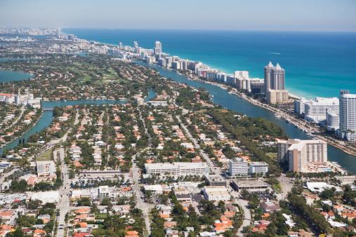 Miami Beach「USA, Florida, Miami cityscape as seen from air」:スマホ壁紙(7)