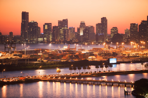 Miami「USA, Florida, Miami, Cityscape with coastline」:スマホ壁紙(12)