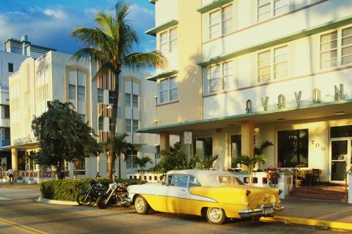 Motorcycle「USA, Florida, Miami, south Beach street scene」:スマホ壁紙(13)