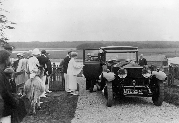 Month「Queen Mary Visiting Bucklers Hard」:写真・画像(6)[壁紙.com]