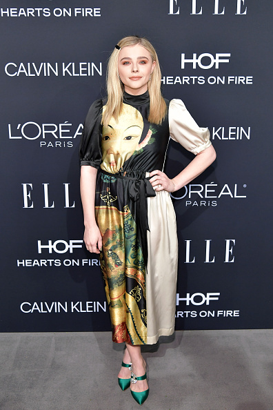 Celebration「ELLE's 25th Annual Women In Hollywood Celebration Presented By L'Oreal Paris, Hearts On Fire And CALVIN KLEIN - Red Carpet」:写真・画像(12)[壁紙.com]
