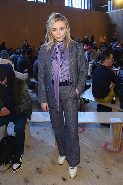 Ruffled Shirt「Coach 1941 - Front Row - February 2019 - New York Fashion Week」:写真・画像(4)[壁紙.com]