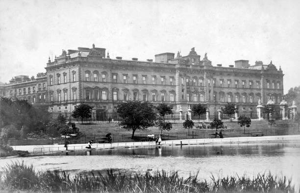 Buckingham Palace:ニュース(壁紙.com)