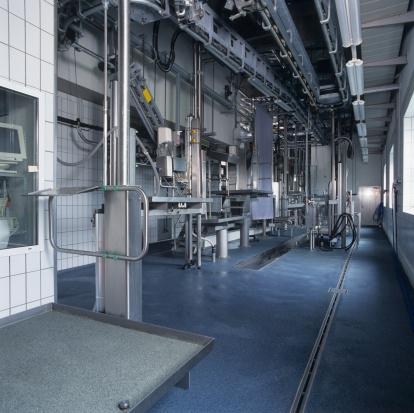 Industry「Empty industrial slaughterhouse」:スマホ壁紙(18)