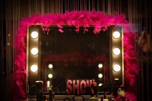Fashion Show「Backstage mirror」:スマホ壁紙(6)