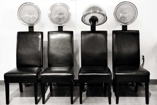 Retro Style「Hair Salon Blow Driers in a Row, Black and White」:スマホ壁紙(4)