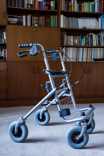 Disability「Wheeled wlaker in front of a book shelf」:スマホ壁紙(19)