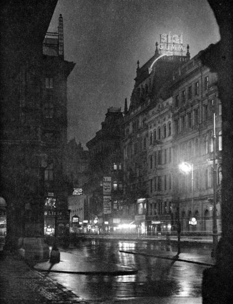 Lighting Equipment「Kärntnerstraße at night, Vienna」:写真・画像(8)[壁紙.com]