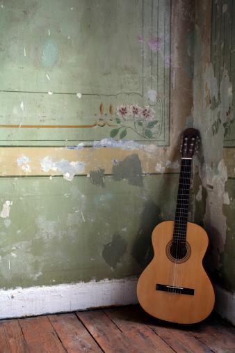 Guitar「Old Guitar」:スマホ壁紙(9)