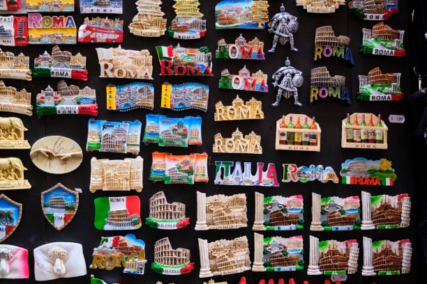 Souvenirs, Rome, Italy:スマホ壁紙(壁紙.com)