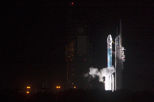 Hubble Space Telescope「Boeing Delta II SIRTF Mission」:写真・画像(10)[壁紙.com]