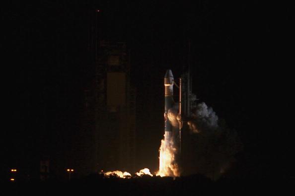 Hubble Space Telescope「Boeing Delta II SIRTF Mission」:写真・画像(12)[壁紙.com]