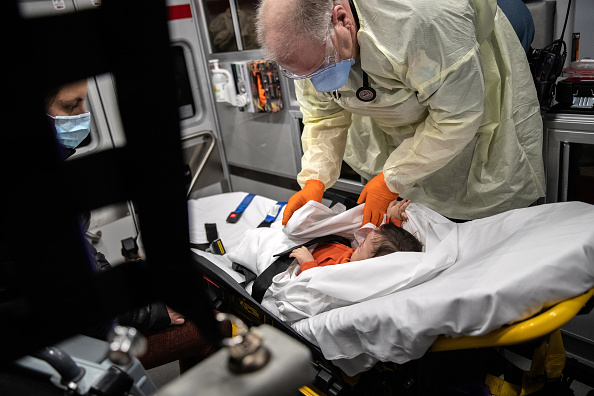 Illness「Tri-State EMS Workers Confront Growing Number Of Coronavirus Cases」:写真・画像(2)[壁紙.com]