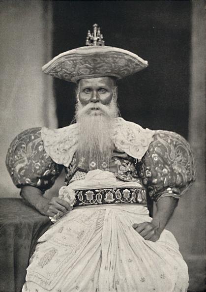 Beard「Ortsvorstand In Kandy In Der Altsinghalesischen Tracht」:写真・画像(7)[壁紙.com]