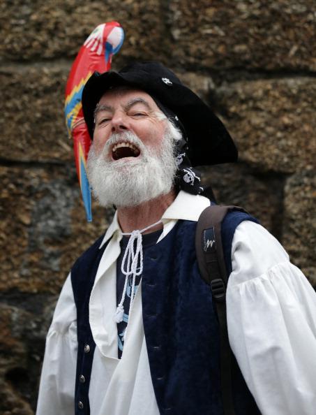 Effort「Pirates Gather To Break World Record」:写真・画像(8)[壁紙.com]