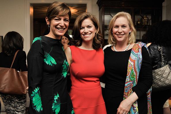 R「Glamour Editor In Chief Cindi Leive Toasts New Washington, D.C. Editor Giovanna Gray Lockhart」:写真・画像(14)[壁紙.com]