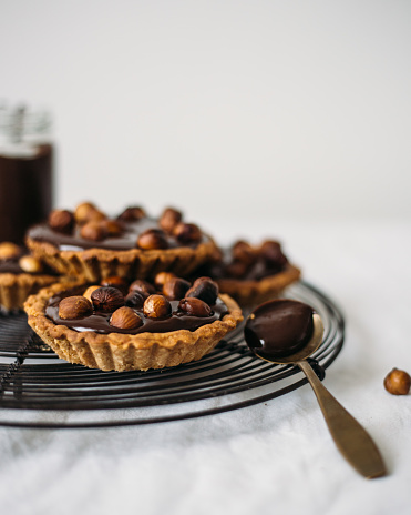 Finland「Tartlets with nuts and chocolate」:スマホ壁紙(1)