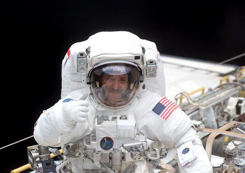 Hubble Space Telescope「Astronauts Conduct Space Walk」:写真・画像(15)[壁紙.com]