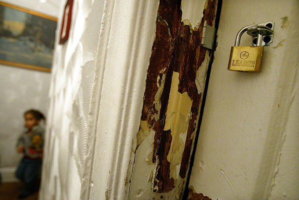 Apartment「New Study Shows High Risk Of Lead Poisoning In NYC Housing」:写真・画像(7)[壁紙.com]