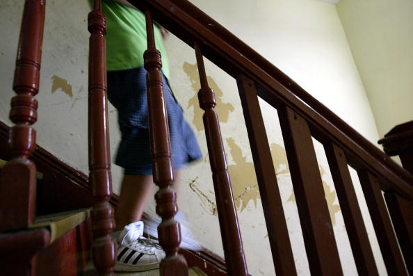 Apartment「New Study Shows High Risk Of Lead Poisoning In NYC Housing」:写真・画像(4)[壁紙.com]
