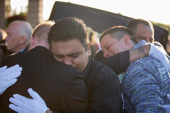 David McNew「Funeral Held For American Victim Of Paris Terror Attacks」:写真・画像(2)[壁紙.com]