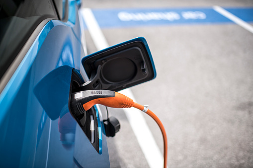 Cable「Electric car charger」:スマホ壁紙(8)
