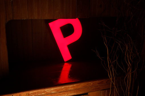 Pennsylvania「electric capital letter P glowing on counter」:スマホ壁紙(17)