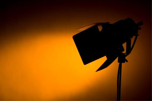 Behind The Scenes「Studio spotlight」:スマホ壁紙(13)