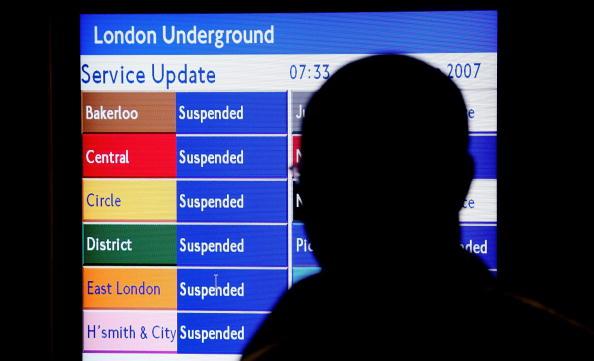 Tube「Tube Strike Causes Travel Chaos」:写真・画像(11)[壁紙.com]