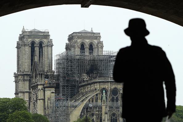 Notre Dame de Paris「Paris Assesses Damage Following Notre Dame Blaze」:写真・画像(10)[壁紙.com]
