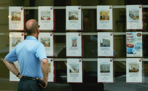 Real Estate「Housing Market Begins To Slow In UK」:写真・画像(4)[壁紙.com]