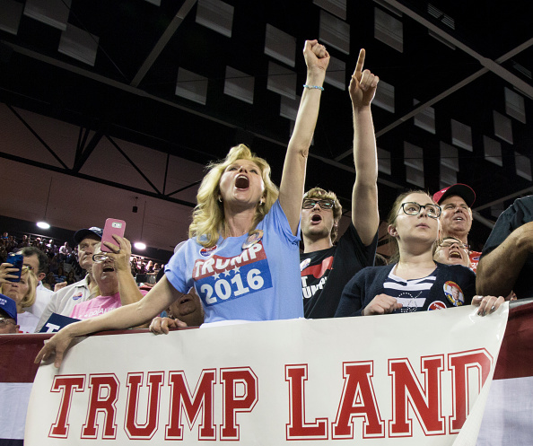 民主主義「Donald Trump Holds Campaign Rally At Valdosta State University In Georgia」:写真・画像(18)[壁紙.com]