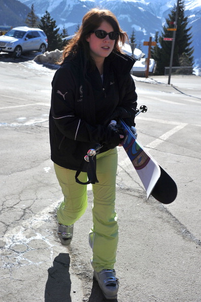 スキーストック「Prince Andrew and Sarah Ferguson Skiing in Verbier」:写真・画像(19)[壁紙.com]