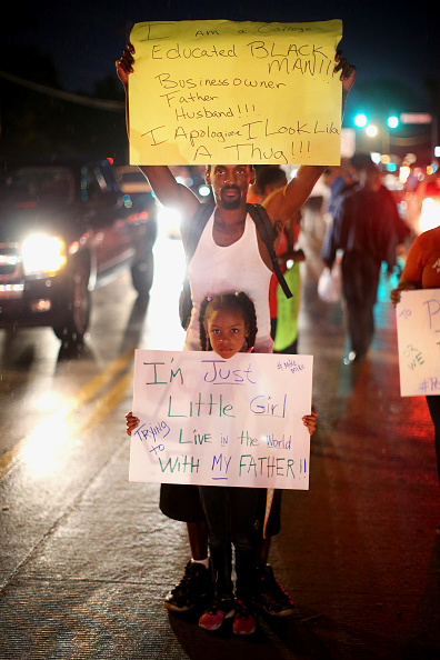 Social Issues「Outrage In Missouri Town After Police Shooting Of 18-Yr-Old Man」:写真・画像(15)[壁紙.com]