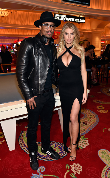 Horn Rimmed Glasses「Charlotte McKinney Attends Encore Players Club Grand Opening At Wynn Las Vegas」:写真・画像(16)[壁紙.com]