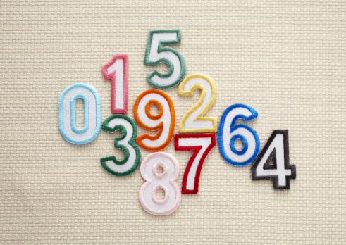 Zero「Number appliques」:スマホ壁紙(15)