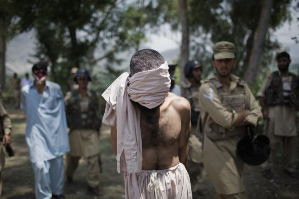 Taliban「Pakistan Military Oversees Population Return To Taliban Warzone」:写真・画像(4)[壁紙.com]