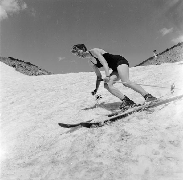 Recreational Pursuit「Swimwear Skier」:写真・画像(4)[壁紙.com]