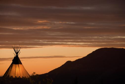 Indigenous Culture「Sunset teepee」:スマホ壁紙(15)