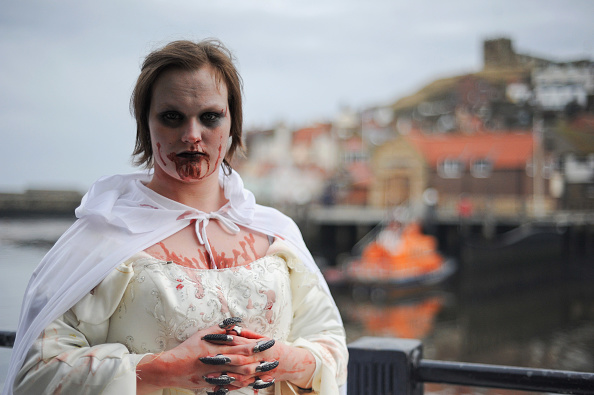York - Yorkshire「Goths Join Forces For The Annual Gothic Weekend」:写真・画像(1)[壁紙.com]