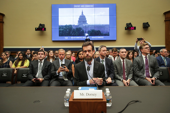 CEO「Twitter CEO Jack Dorsey Testifies To House Hearing On Company's Transparency and Accountability」:写真・画像(6)[壁紙.com]