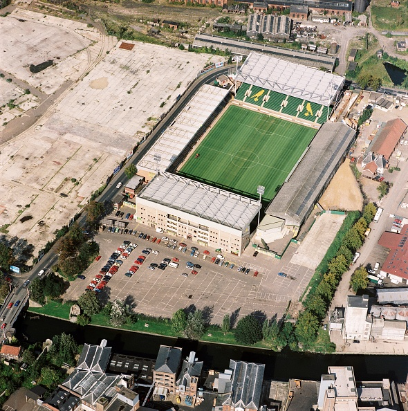High Angle View「Carrow Road」:写真・画像(9)[壁紙.com]
