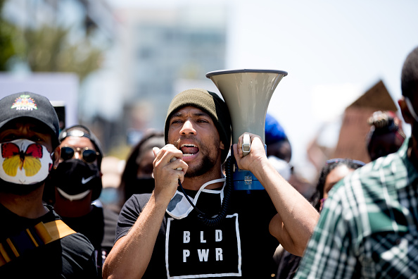 Rich Fury「Hollywood Talent Agencies March To Support Black Lives Matter Protests」:写真・画像(5)[壁紙.com]