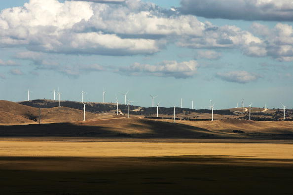 Industrial Equipment「Construction Continues On Controversial Lake George Wind Farm」:写真・画像(15)[壁紙.com]