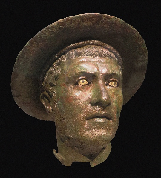 Painted Image「Head Of A Man Wearing A Kausia King Philip V Of Macedon」:写真・画像(1)[壁紙.com]