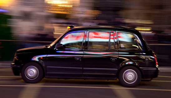 Light Trail「London Taxi, Central London, England, Europe」:スマホ壁紙(17)