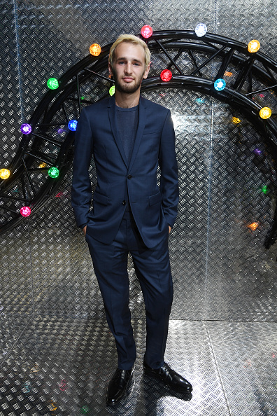Spring Collection「Dior Homme : Front Row  - Paris Fashion Week - Menswear Spring/Summer 2017」:写真・画像(11)[壁紙.com]