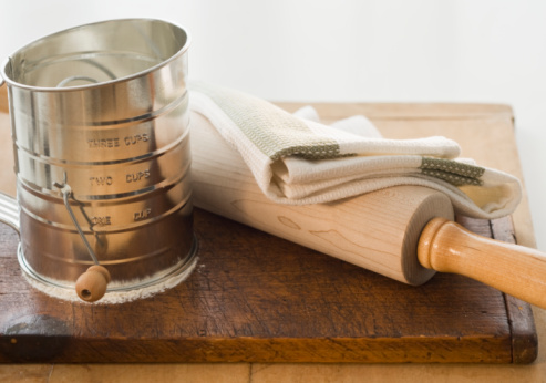 Napkin「Flour sifter and rolling pin, close-up」:スマホ壁紙(16)