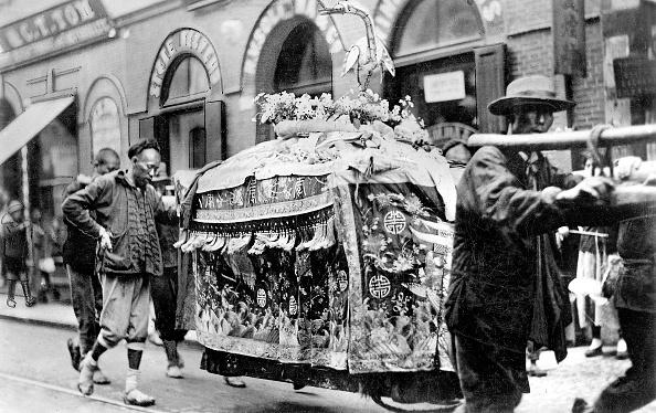 Porcelain「Funeral procession for a wealthy person」:写真・画像(12)[壁紙.com]